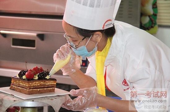 长沙新东方毕业初中:女生学院烹饪学合适初中生言行图片